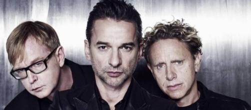Depeche Mode Tickets & 2017 Tour Dates | Rukkus - rukkus.com