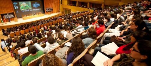 Estudiantes norteamericanos ganan protagonismo en los auditorios y salones de clase en España