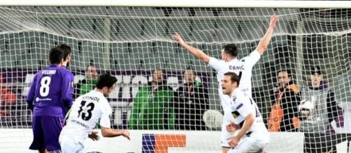 Lars Stindl se convirtió en el primer alemán con un hat-trick en Italia en competencia europea.CalcioMercato.com