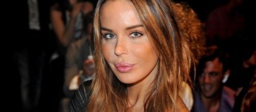 Nina Moric arrabbiata con Silvia Provvedi - VanityFair
