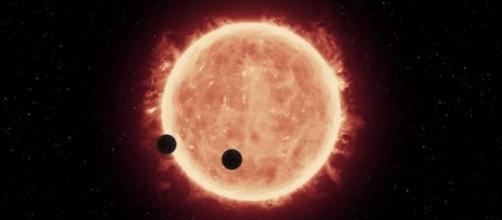 Trappist-1 è una nana rossa ultrafredda distante 39 anni luce.