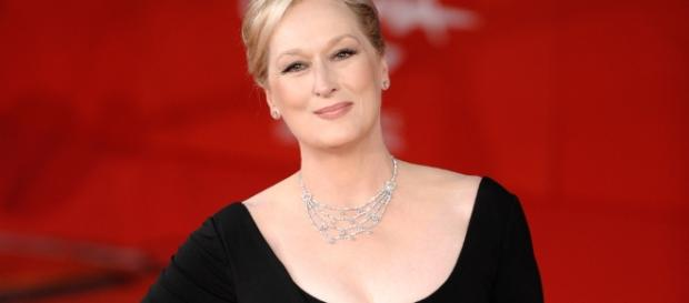 Meryl Streep during a movie premiere– The 8 Percent - the8percent.com (Taken from BN Library)