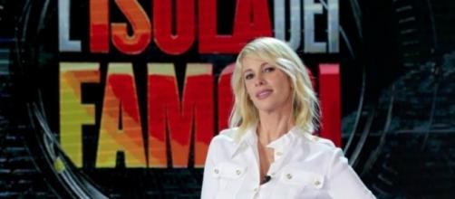 Isola dei Famosi gossip news 24 febbraio: alta tensione tra Giulio Base, Moreno e Malena