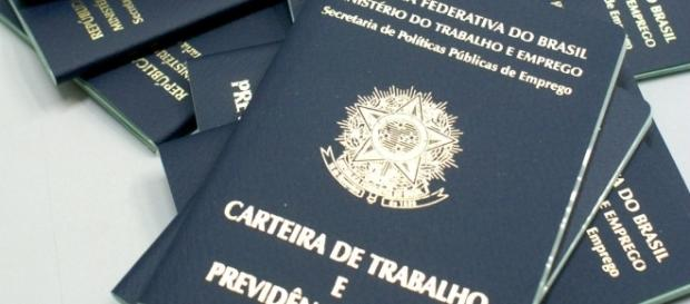 Desemprego bate recorde negativo e atinge quase 13 milhões de brasileiros.