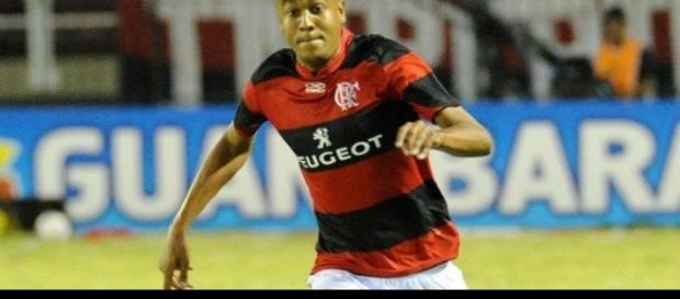 Alex Silva com a camisa do Flamengo