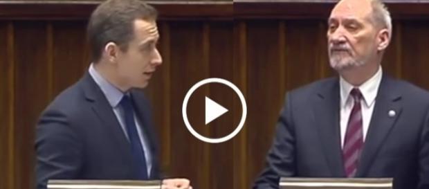 Minister Obrony Narodowej twardo odparł zarzuty Tomczyka.