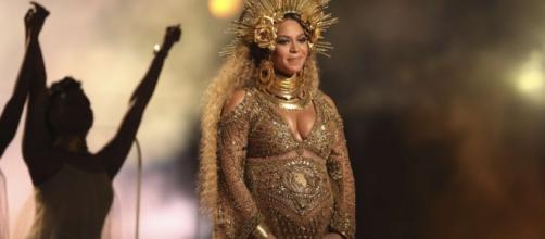 Beyoncé se apresentou no Grammy's 2017
