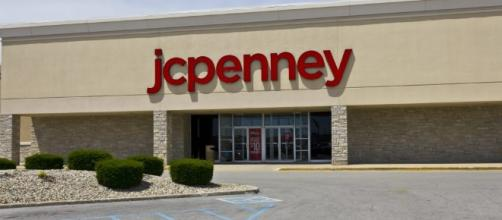 J.C. Penney to Shut 130-140 Stores, Offer Early Retirements - Photo: Blasting News Library - hamodia.com