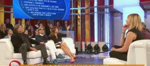 Dopo la polemica sul sessismo, Paola Perego dice a Le Iene: 'Trattata come un mostro'
