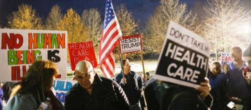 The left rallies to save Obamacare with passion but little cash ... - politico.com