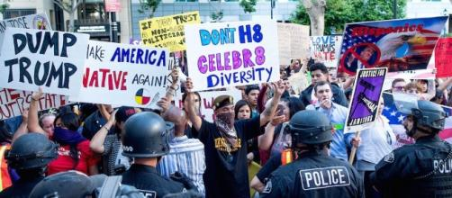 Video: Anti-Trump Protest Turns Violent Outside San Jose Rally ... - vice.com