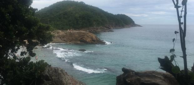 Paraíso: vista da praia do Cachadaço