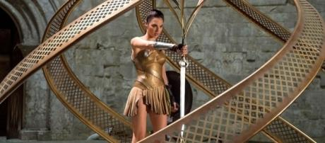 Gal Gadot Stars in the Wonder Woman Movie - Page 119 - comicbookresources.com