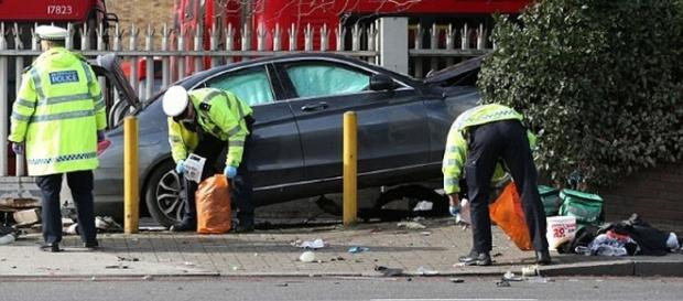 Accident grav în Londra soldat cu 5 răniți, posibil de origine română