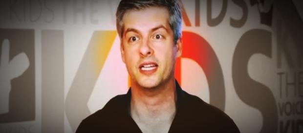 Cantor é escondido no 'The Voice Kids' - Google