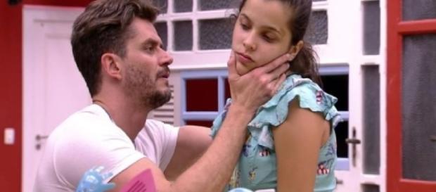 Emilly e Marcos - Imagem/Google