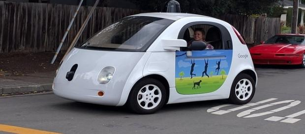 Google suing Uber to tech theft (Wikimedia).