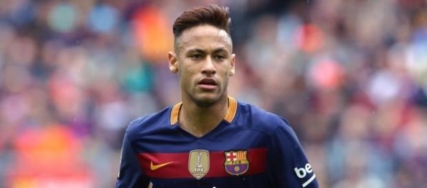 Mercato - PSG : C'est la guerre totale avec le Barça et Man Utd ... - foot01.com