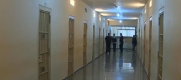 O choro de Cunha rompe o silêncio do Complexo Médico-Penal, no Paraná