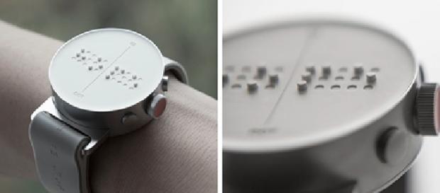 O primeiro relógio que pode enviar e receber mensagens em braille