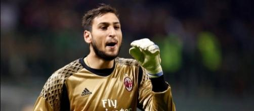 AC Milan 6ft5 wonderkid keeper Gianluigi Donnarumma is pictured ... - thesun.co.uk