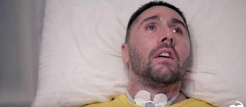 Dj Fabo, dopo un tragico incidente stradale del 2014, sceglie di morire nel 2017