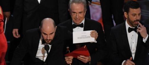 Erro no Oscar deu o que rir e falar nas redes sociais