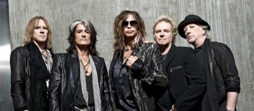 ¿Es Aerosmith mejor que The Rolling Stones? (foto de montereycountyweekly.com)