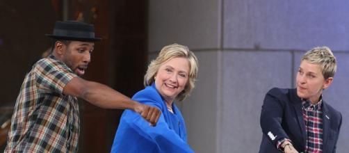 Hillary Clinton Sounds-Off on Donald Trump, Kim Kardashian & Kanye ... - extratv.com
