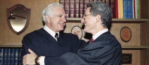 Juez Joseph Wapner, estrella del Tribunal Popular, muere a los 97 años