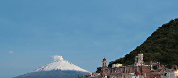 Atlixco , valle de agua en Nahuatl.