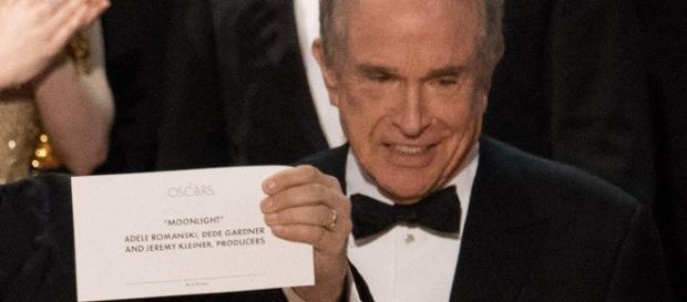 La clamorosa gaffe durante una premiazione agli Oscar 2017.