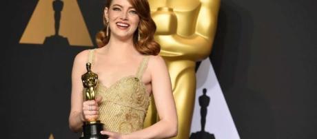 Emma Stone ganadora del Óscar por Mejor Actriz (via clarin.com - Patricia Arriaga)