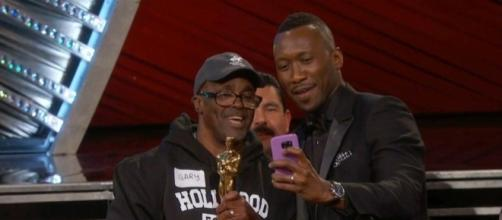 All-access footage shows chaotic moments before Oscars blunder ... - outdonews.com