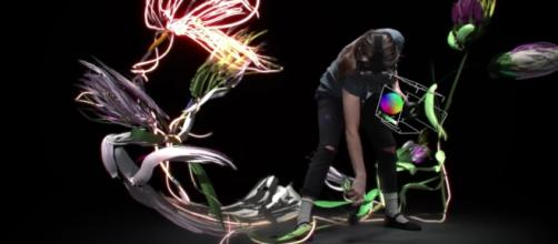 If you can picture it in your mind, you can create it on Tilt brush / Photo via Youtube - Tilt Brush: Painting from a new perspective - Google