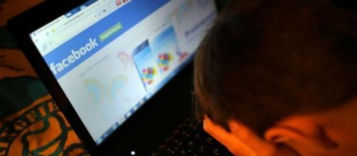 Tredicenne napoletano rischia la vita per un post su Facebook.