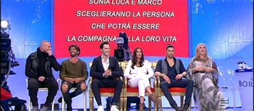 Uomini e Donne   Trono classico   Puntata 20 febbraio 2017 - gossipblog.it
