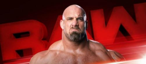 WWE 'Monday Night Raw' featured Goldberg in the ring to talk about 'Fastlane' PPV. [Image via Blasting News images library/inquisitr.com]