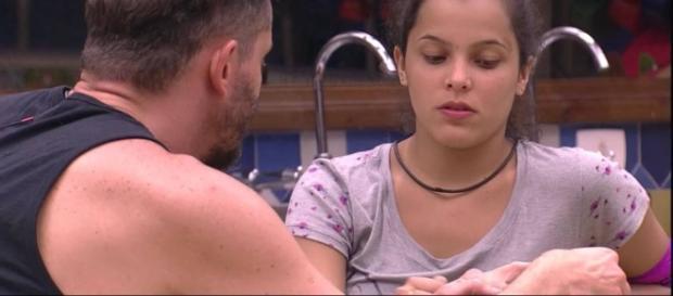 BBB 17: Marcos e Emilly em conversa