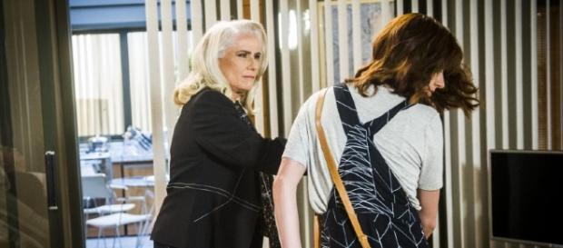 Magnólia e Ana Luiza na novela 'A Lei do Amor' (Divulgação/Globo)