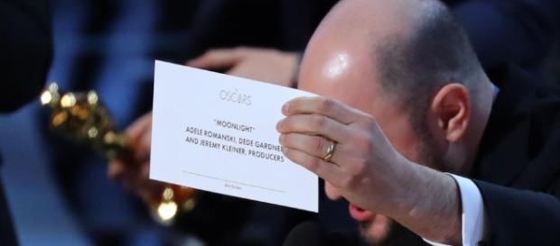 Oscars goof-up: La La Land announced Best Picture instead of ... - hindustantimes.com