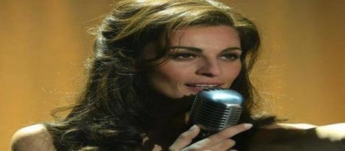 Un'immagine di Sveva Alviti che interpreta la cantante Dalida.