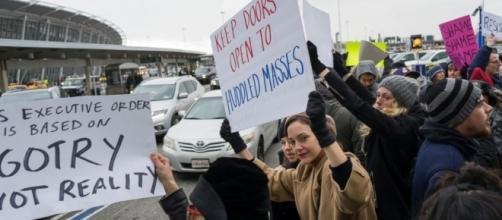 US Judge Grants Stay on Deportations Under Trump Immigration Order ... - go.com