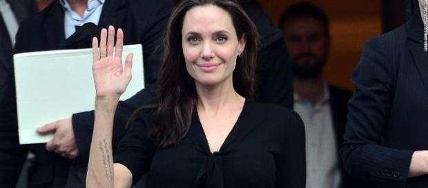 Angelina Jolie slams Trump for anti-Muslim comments - CNNPolitics.com - cnn.com