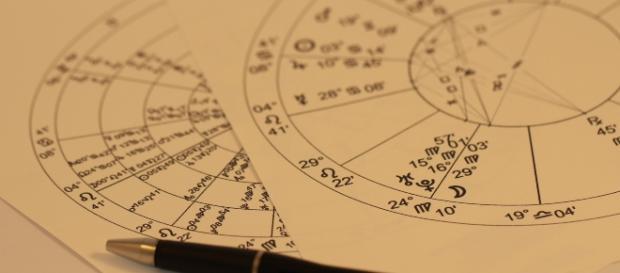 Das individuelle Horoskop eines Menschen ist eine komplizierte Materie. / rechtefreies Foto