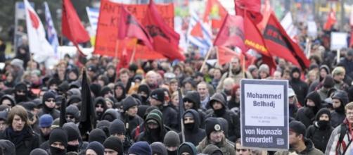 La popolarità di partiti di estrema destra in Germania ha subito un'impennanta negli utimi mesi - sueddeutsche.de