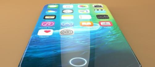 Possibile design del nuovo iPhone 8.