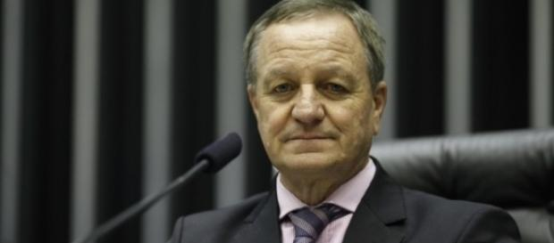 Deputado federal Valdir Colatto (PMDB-SC)