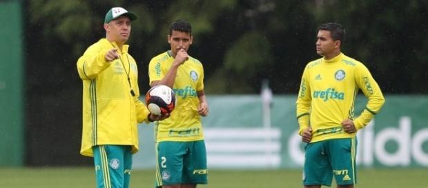 Veja a provável escalação do Palmeiras para enfrentar o Botafogo