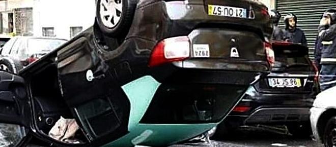 Dois mortos após despiste de automóveis que conduziam